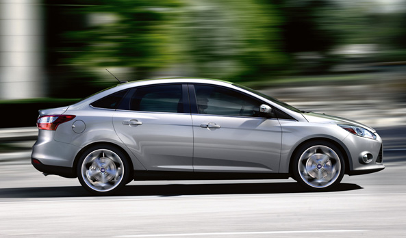 Ford Focus 2.0L Sedan Titanium+ AT