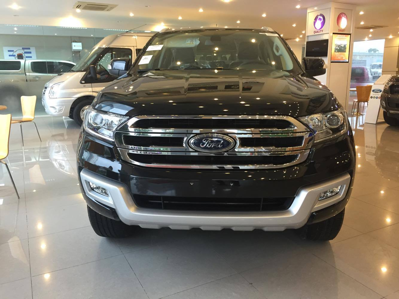 Ford Everest 2.2 4×2 Trend AT