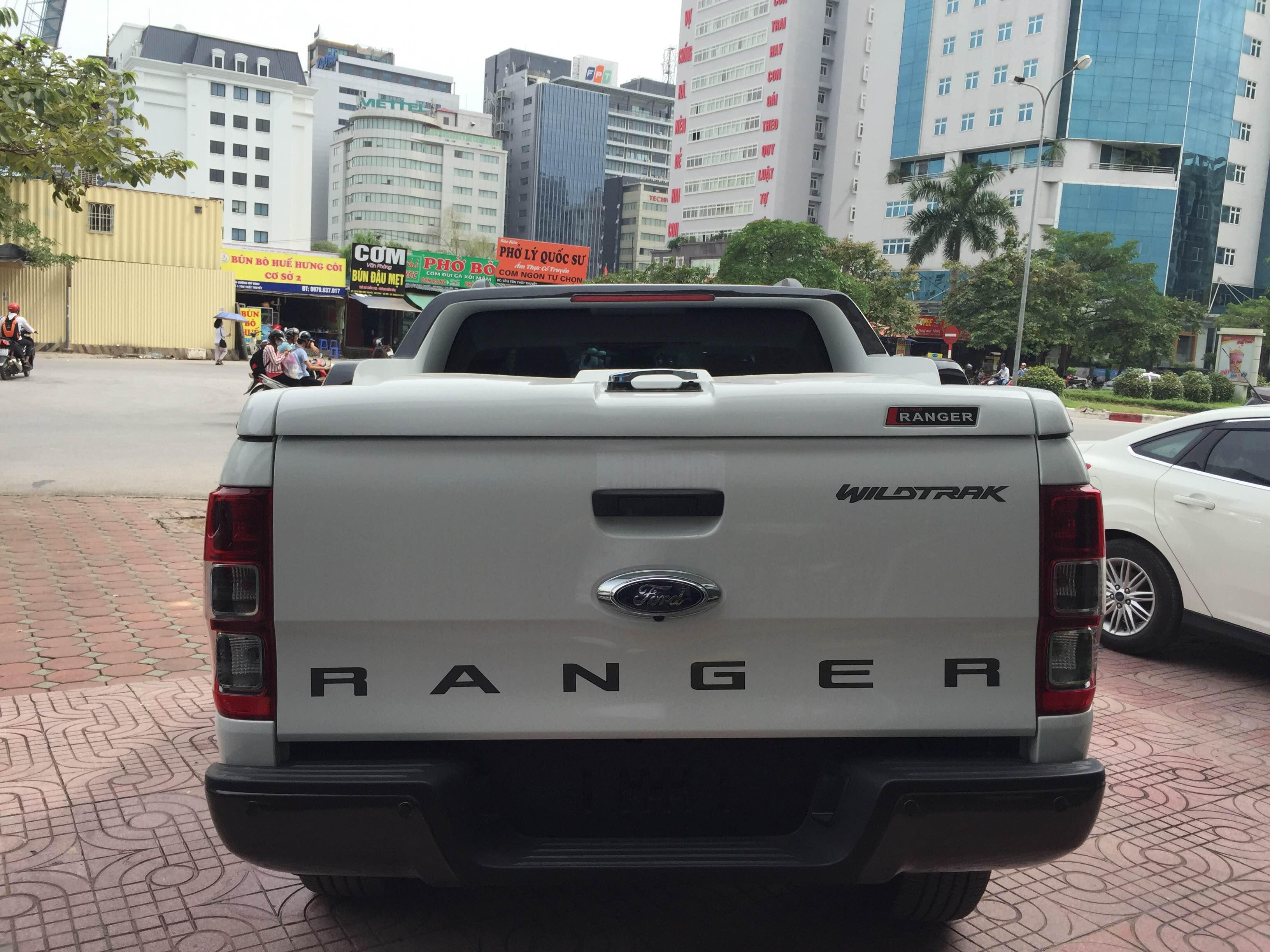 thùng ford ranger