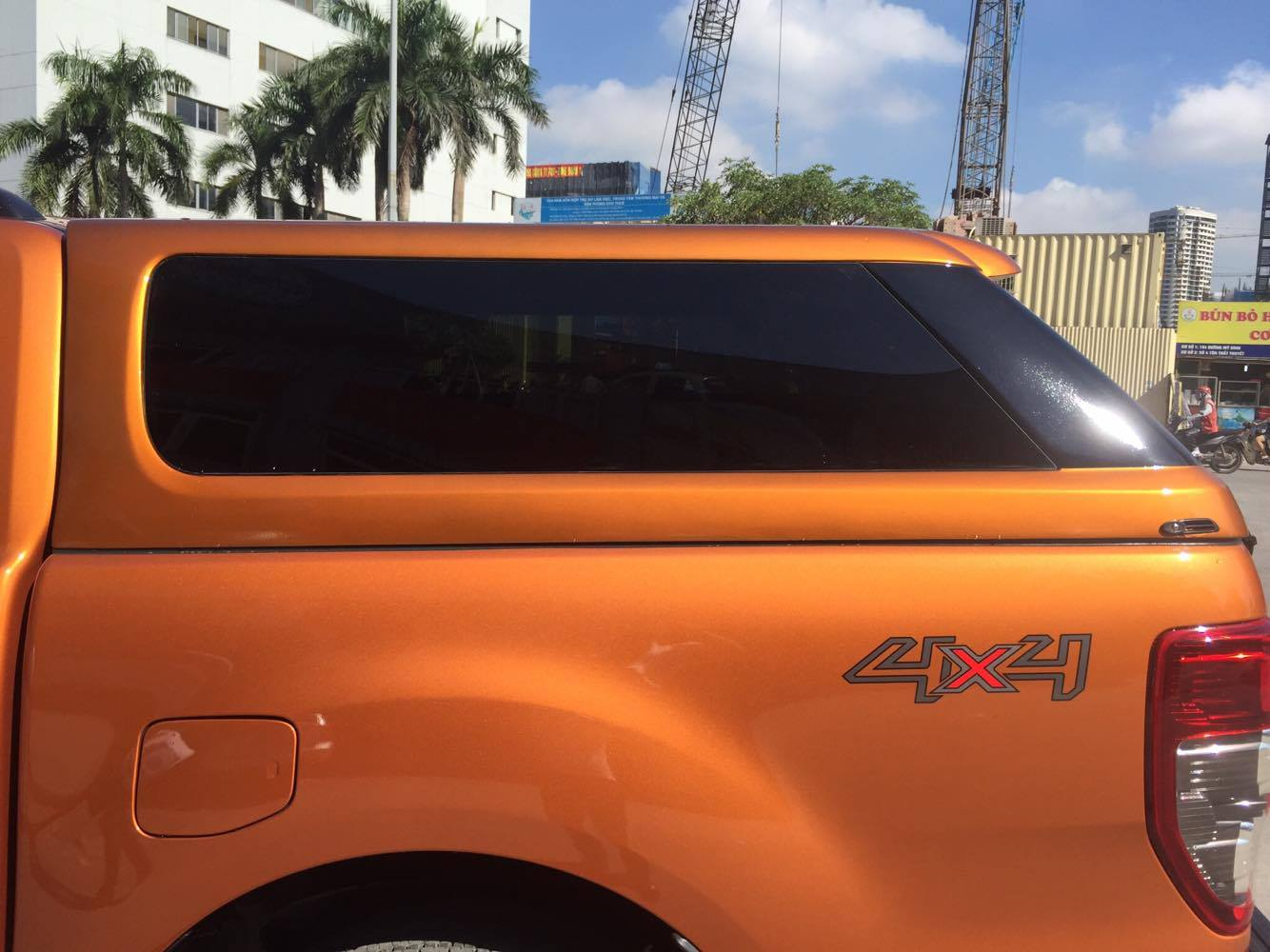 ford-ranger-thung-cao-10