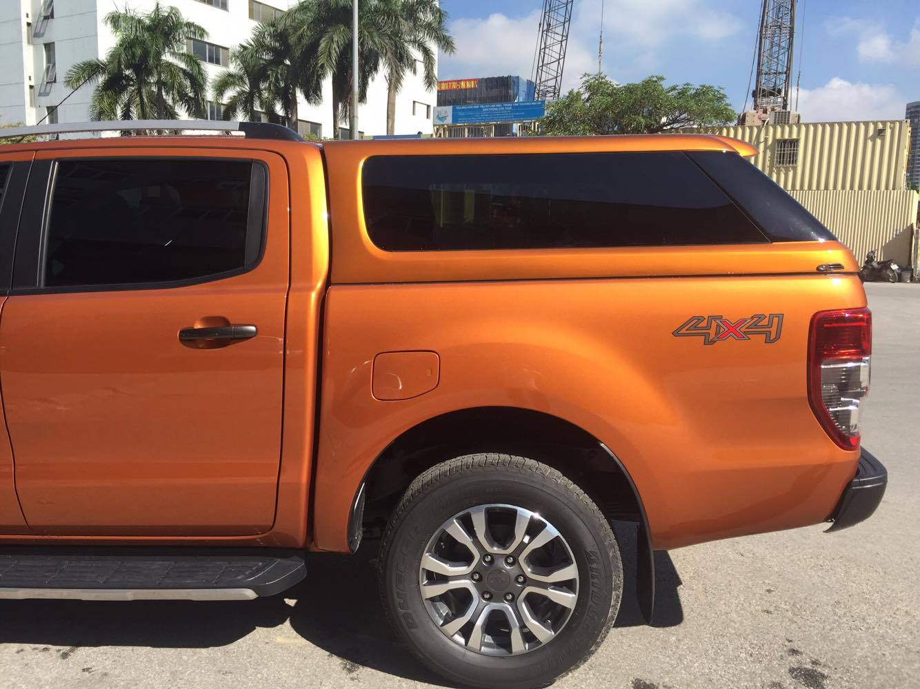 ford-ranger-thung-cao-5