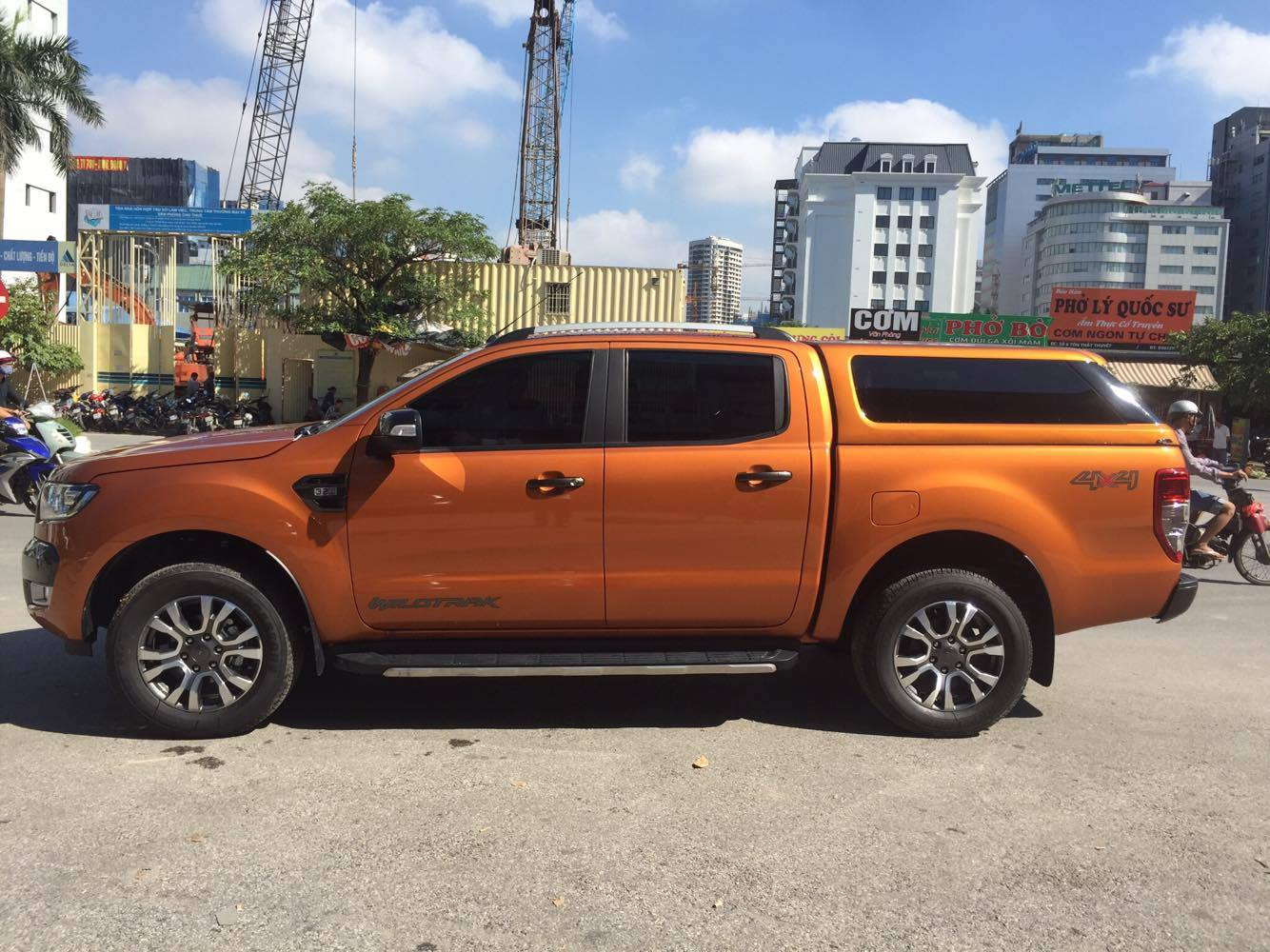 ford-ranger-thung-cao-9