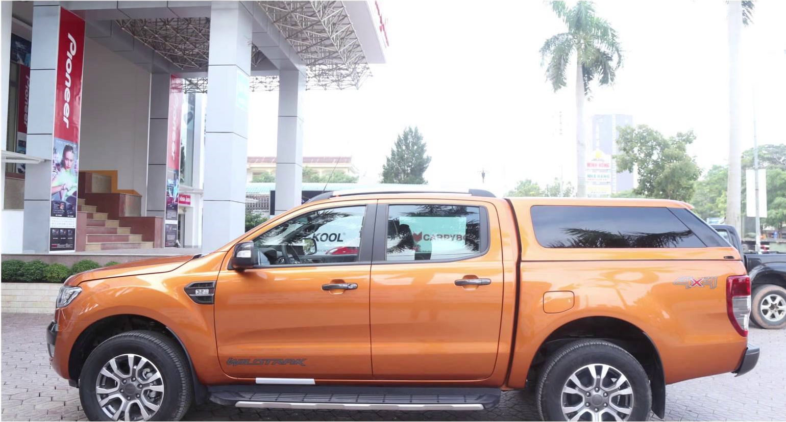 ford-ranger-thung-cao