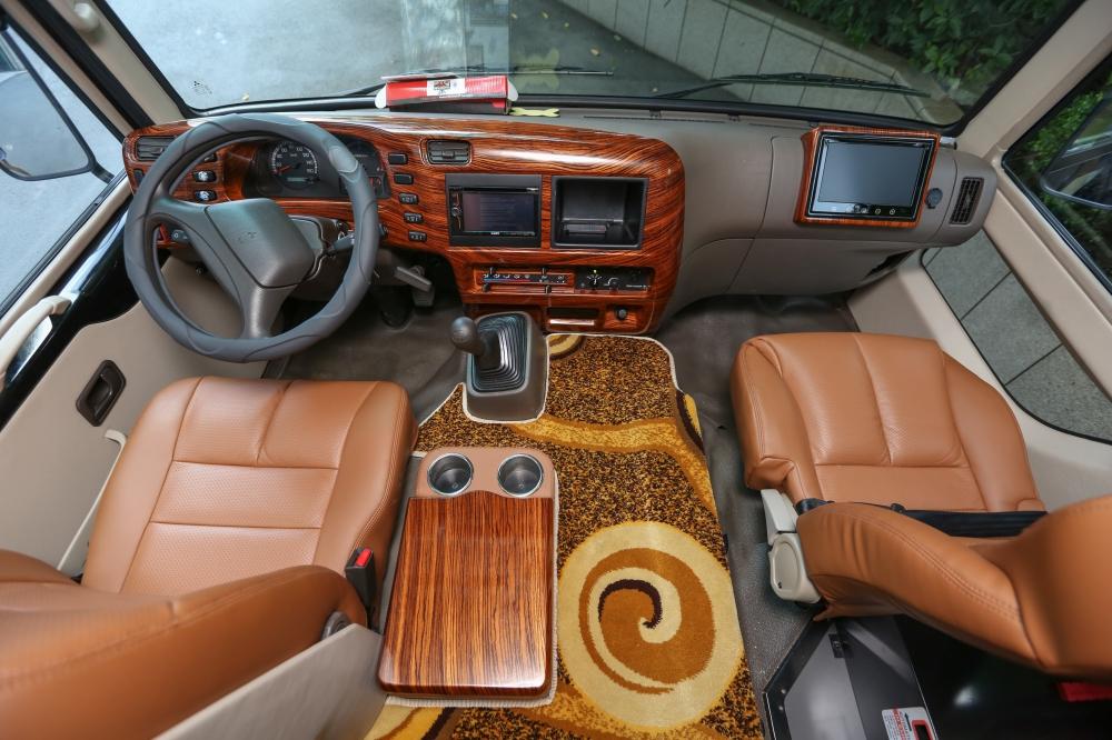 Fuso Dcar Limousine 1