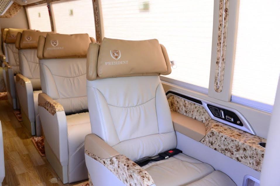 Fuso Limousine 1