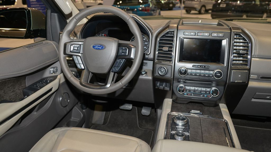 Ford Expedition 11