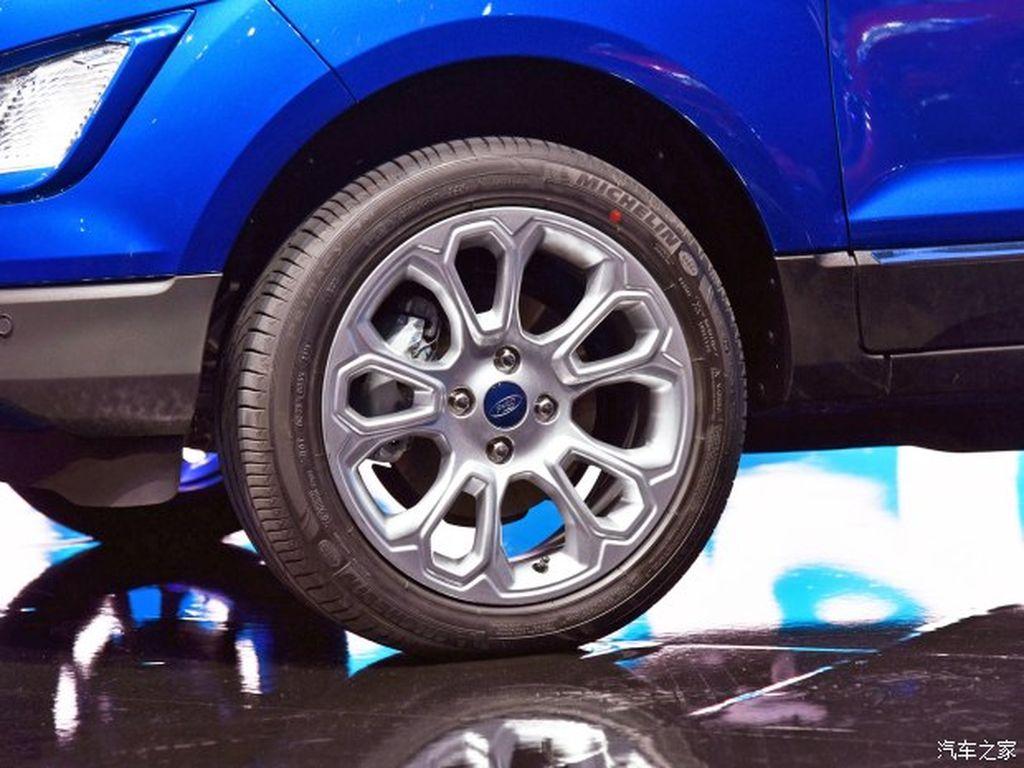 Ford EcoSport 2017 1