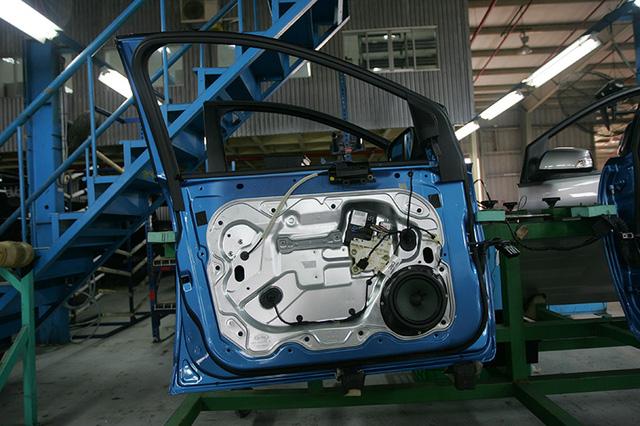 Giảm thuế linh kiện sản xuất xe trong nước 1