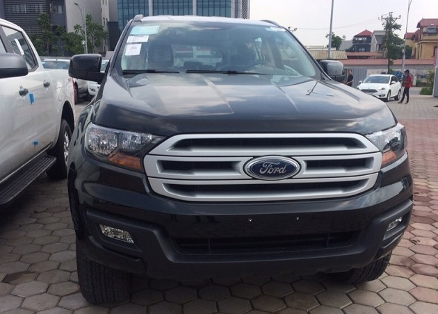 Ford Everest 4x4 MT 1