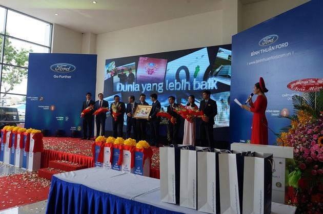 Ford Việt Nam 2
