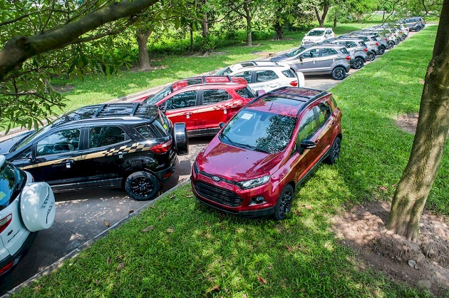 Ford-EcoSport-Black