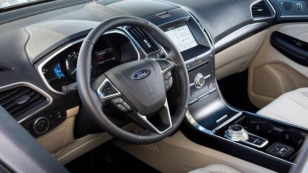 Ford-Edge 8