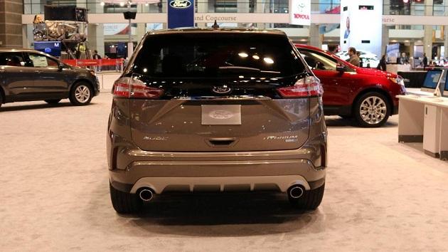 ford-edge-titanium 5