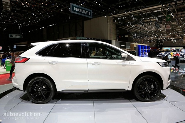 ford-edge-st-line 5