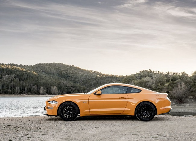 ford-mustang-2021 3