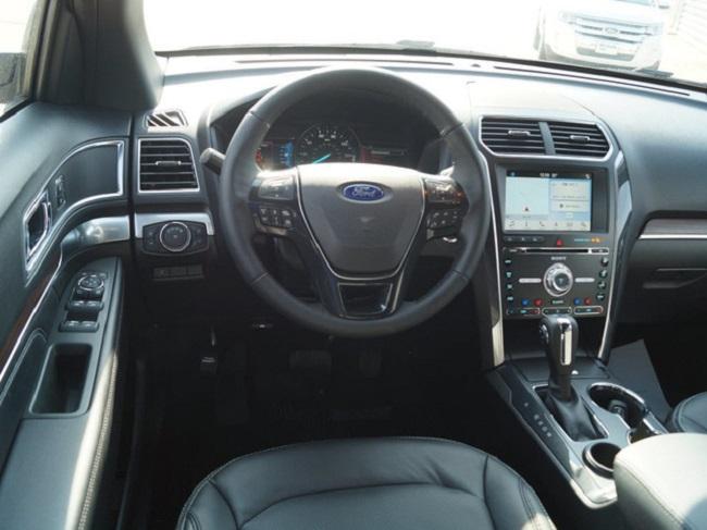 Ford Explorer 2018 4