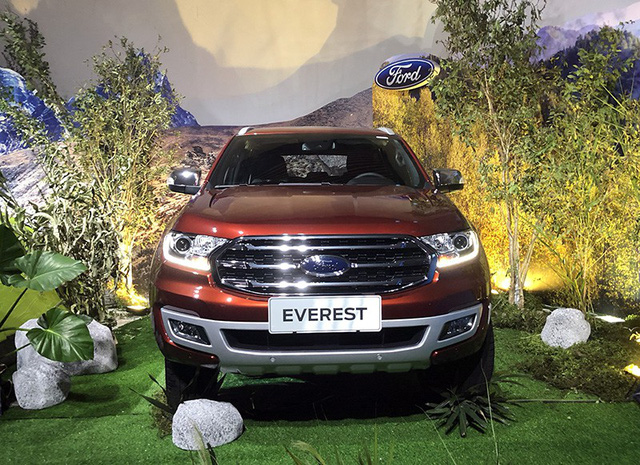 Ford Everest mới 1