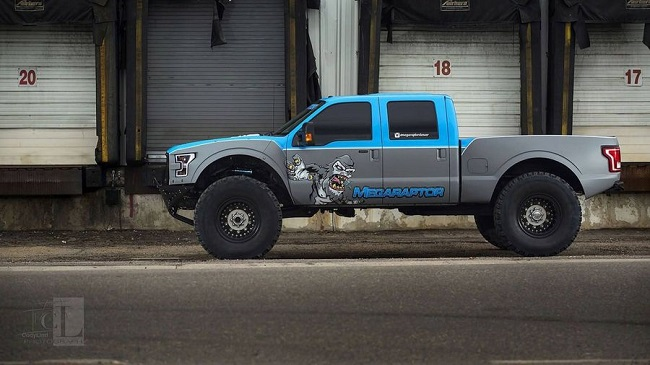 ford-f-350-mega-raptor 1